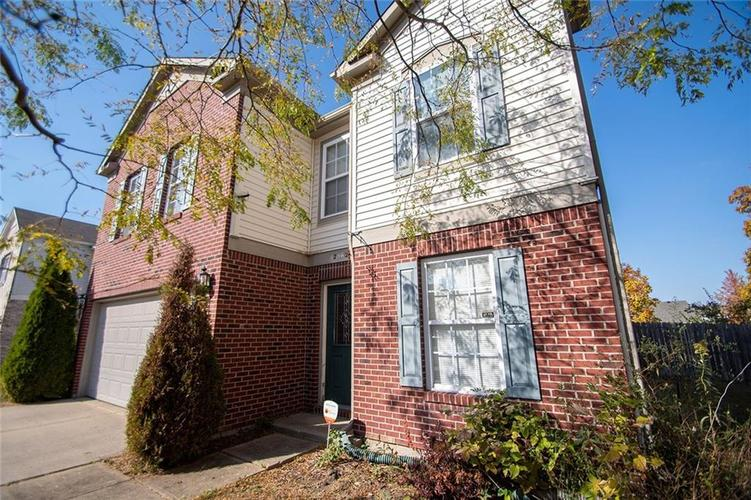 12362 Teacup Way Indianapolis, IN 46235 | MLS 21676179 | photo 2