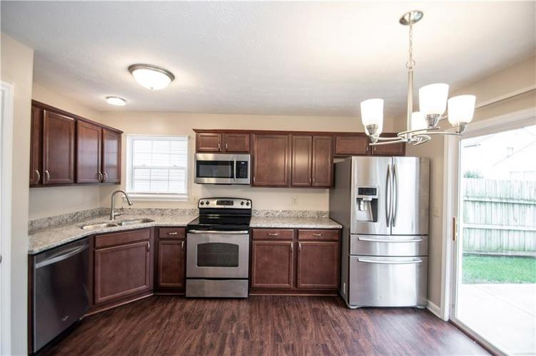 6048 Tybalt Lane Indianapolis, IN 46254 | MLS 21676196 | photo 15