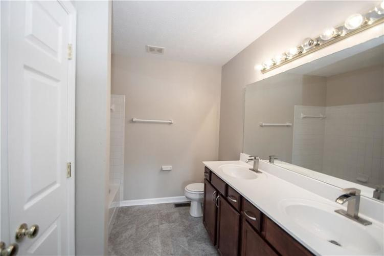6048 Tybalt Lane Indianapolis, IN 46254 | MLS 21676196 | photo 29