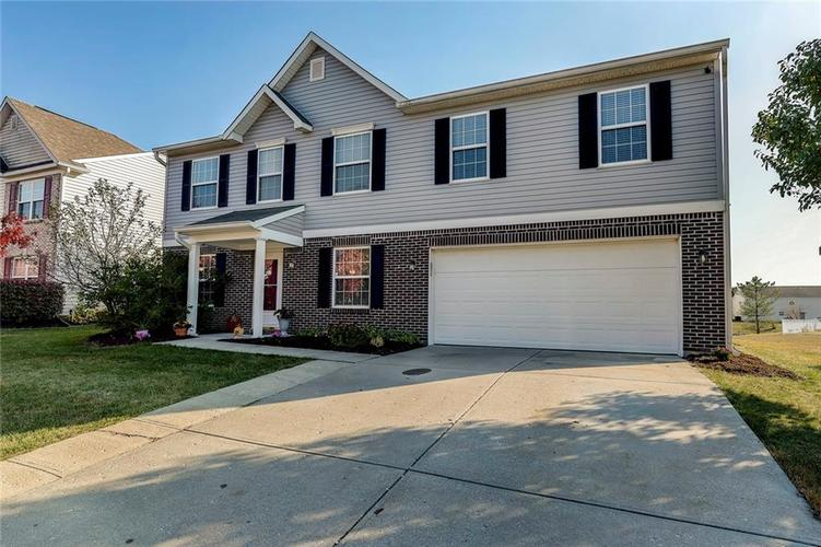 10825  MEADOW LAKE Drive Indianapolis, IN 46229 | MLS 21676244