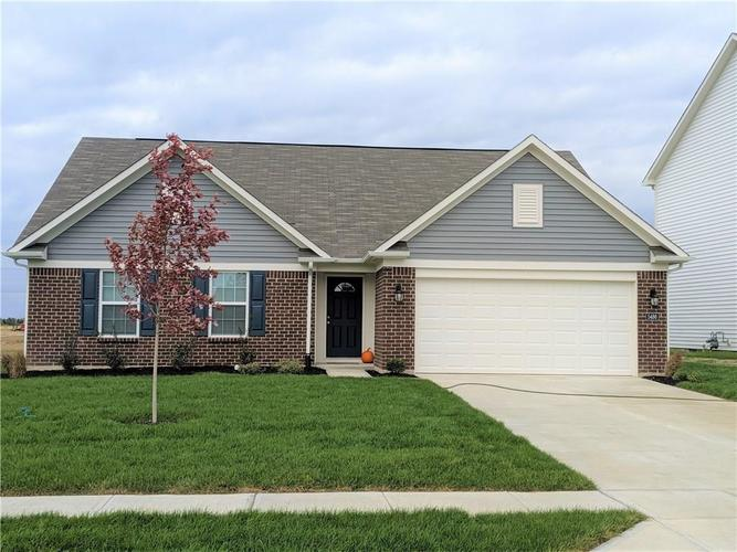 5486 W Woodhaven Drive McCordsville, IN 46055 | MLS 21676320