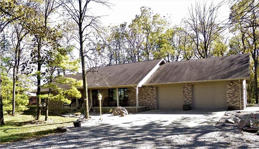 3591 E US Hwy 40 Lewisville, IN 47352 | MLS 21676329 | photo 1