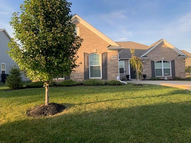 10918 Gossamer Lane Noblesville, IN 46060 | MLS 21676354 | photo 1