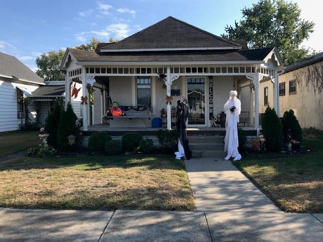 415 W 4th Street Seymour, IN 47274 | MLS 21676355 | photo 1
