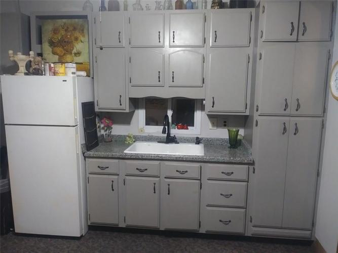 415 W 4th Street Seymour, IN 47274 | MLS 21676355 | photo 14