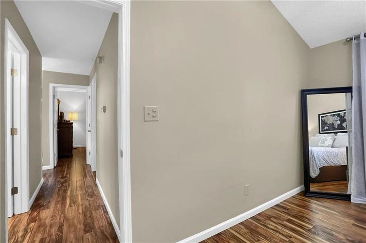 9520 Settlement Drive W Indianapolis, IN 46250 | MLS 21676414 | photo 15