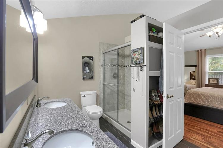 9520 Settlement Drive W Indianapolis, IN 46250 | MLS 21676414 | photo 21