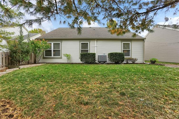 9520 Settlement Drive W Indianapolis, IN 46250 | MLS 21676414 | photo 31
