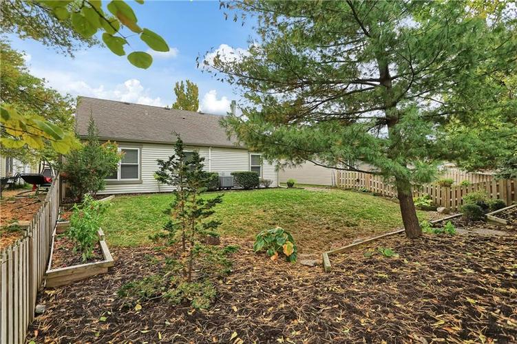 9520 Settlement Drive W Indianapolis, IN 46250 | MLS 21676414 | photo 32