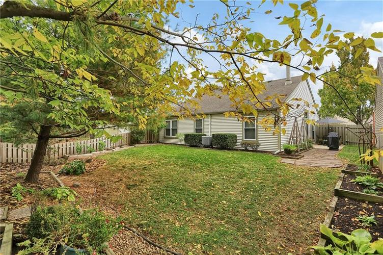 9520 Settlement Drive W Indianapolis, IN 46250 | MLS 21676414 | photo 33
