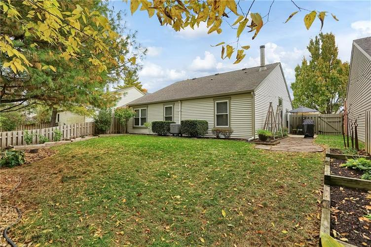 9520 Settlement Drive W Indianapolis, IN 46250 | MLS 21676414 | photo 35