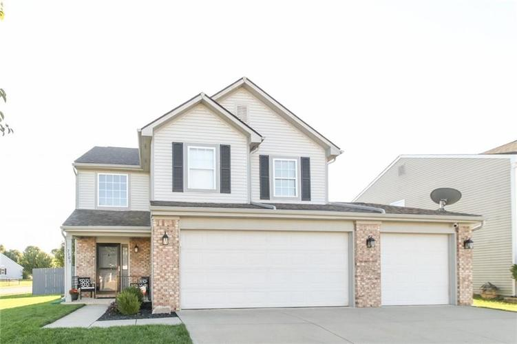 7105 Allegan Drive Indianapolis, IN 46217 | MLS 21676442 | photo 1