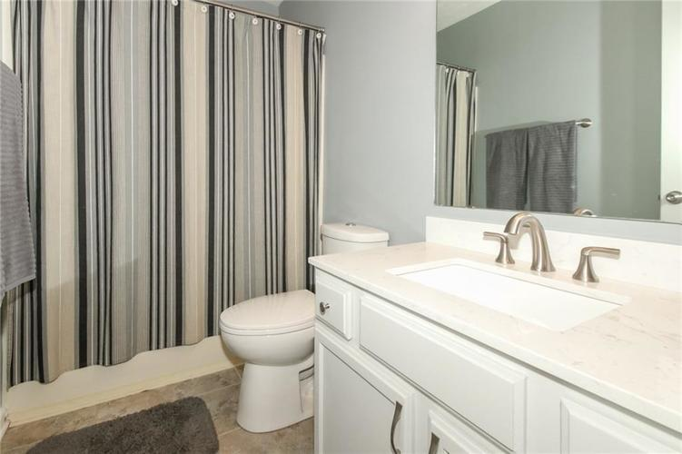 7105 Allegan Drive Indianapolis, IN 46217 | MLS 21676442 | photo 17
