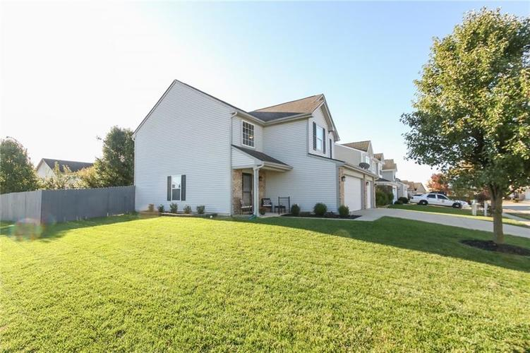 7105 Allegan Drive Indianapolis, IN 46217 | MLS 21676442 | photo 2
