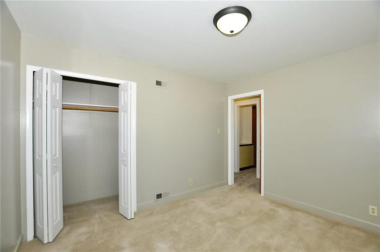 1505 WADE Street Indianapolis, IN 46203 | MLS 21676456 | photo 15