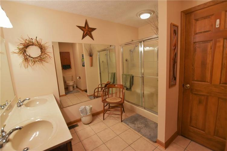 12358 Sunrise Drive Indianapolis, IN 46229   MLS 21676462   photo 19