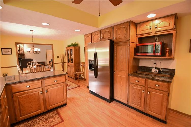 12358 Sunrise Drive Indianapolis, IN 46229   MLS 21676462   photo 3