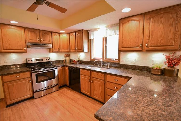 12358 Sunrise Drive Indianapolis, IN 46229   MLS 21676462   photo 4