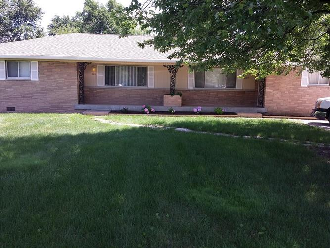 10109 N College Avenue Indianapolis IN 46280 | MLS 21676473 | photo 1