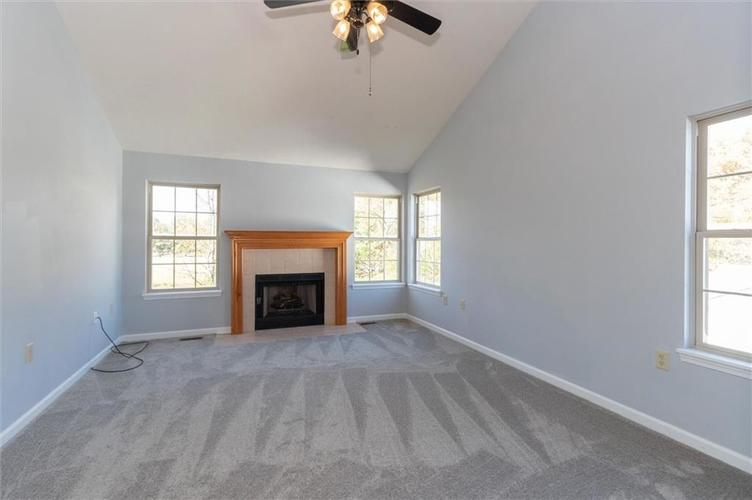6336 Fountain Springs Boulevard Indianapolis, IN 46236 | MLS 21676479 | photo 14