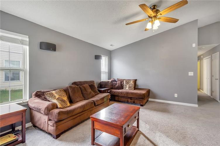 7139 Pluto Drive Indianapolis, IN 46241 | MLS 21676481 | photo 6