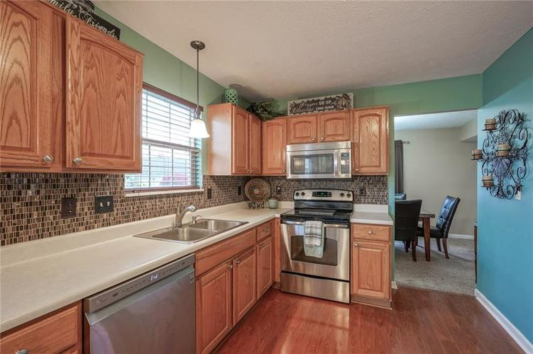 12312 CARRIAGE STONE Drive Fishers, IN 46037 | MLS 21676529 | photo 11