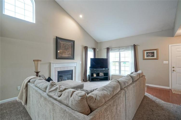 12312 CARRIAGE STONE Drive Fishers, IN 46037 | MLS 21676529 | photo 5