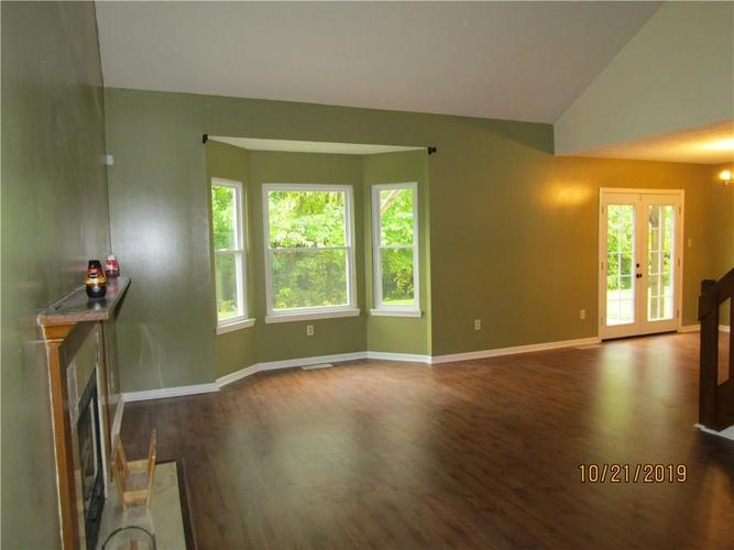 4005 Eagle Cove Court Indianapolis, IN 46254 | MLS 21676533 | photo 6