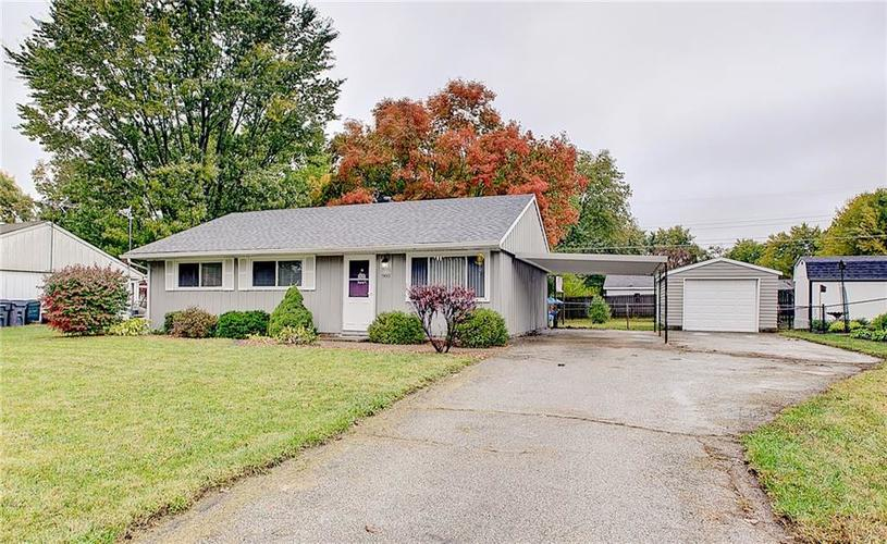 960 Rolling Hill Road Greenwood, IN 46142 | MLS 21676535 | photo 2