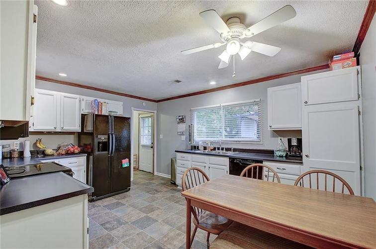 960 Rolling Hill Road Greenwood, IN 46142 | MLS 21676535 | photo 6