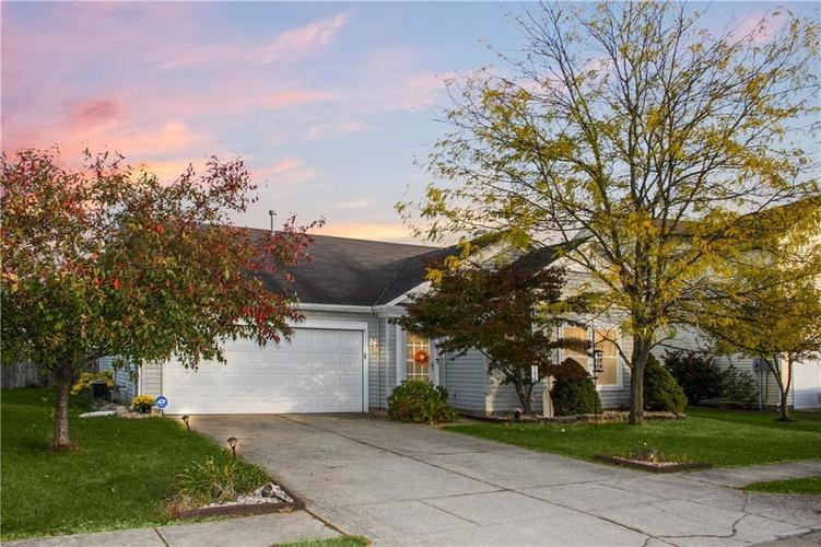 5441  Floating Leaf Drive Indianapolis, IN 46237 | MLS 21676581