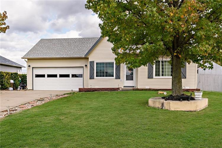 12865 Bridgett Drive N Camby, IN 46113 | MLS 21676636 | photo 3