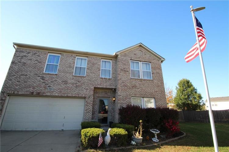 9862 Olympic Circle Indianapolis, IN 46234 | MLS 21676649 | photo 1