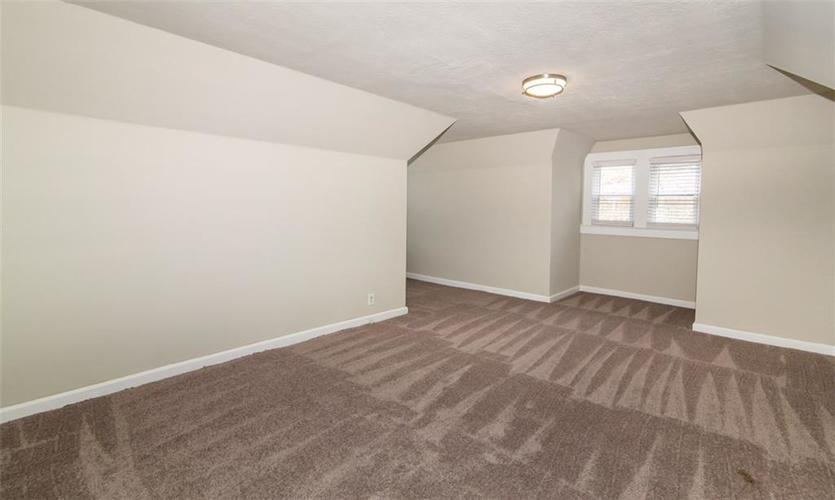 988 N CAMPBELL Avenue Indianapolis, IN 46219 | MLS 21676664 | photo 20