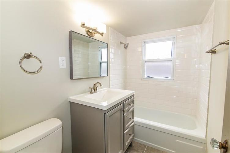 988 N CAMPBELL Avenue Indianapolis, IN 46219 | MLS 21676664 | photo 25