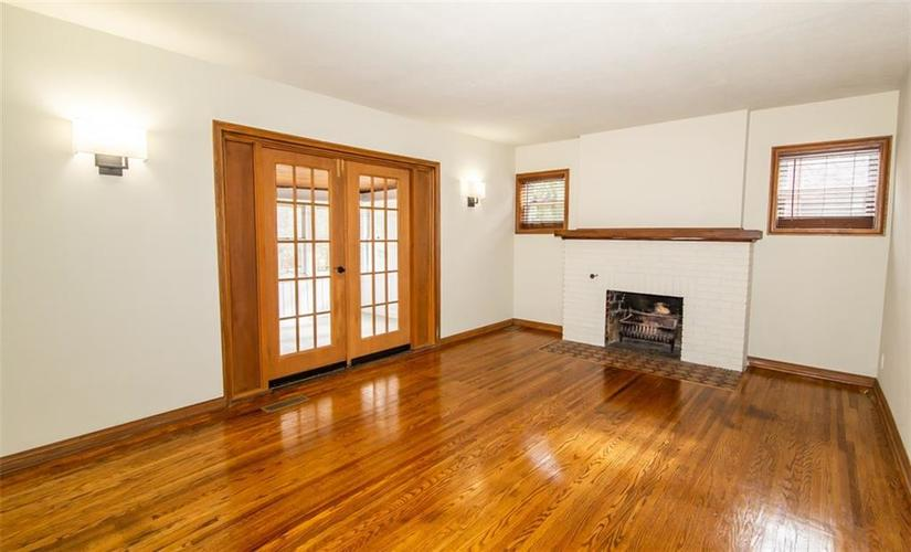 988 N CAMPBELL Avenue Indianapolis, IN 46219 | MLS 21676664 | photo 7