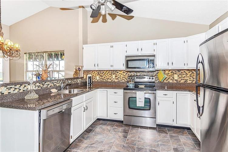 10838 Belair Drive Indianapolis, IN 46280   MLS 21676697   photo 11