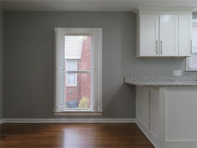 6477 Broadway Street Indianapolis, IN 46220 | MLS 21676714 | photo 10