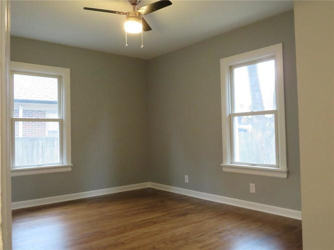6477 Broadway Street Indianapolis, IN 46220 | MLS 21676714 | photo 11