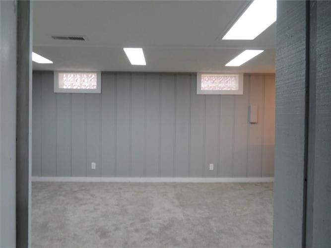 6477 Broadway Street Indianapolis, IN 46220 | MLS 21676714 | photo 16