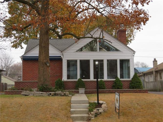 6477 Broadway Street Indianapolis, IN 46220 | MLS 21676714 | photo 2