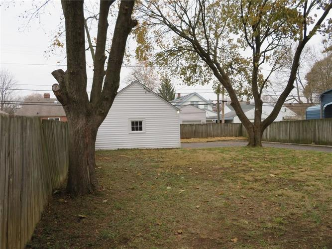 6477 Broadway Street Indianapolis, IN 46220 | MLS 21676714 | photo 21