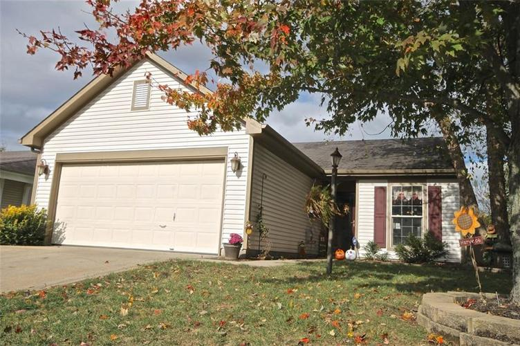 6830 Devinney Lane Indianapolis, IN 46221 | MLS 21676724 | photo 1