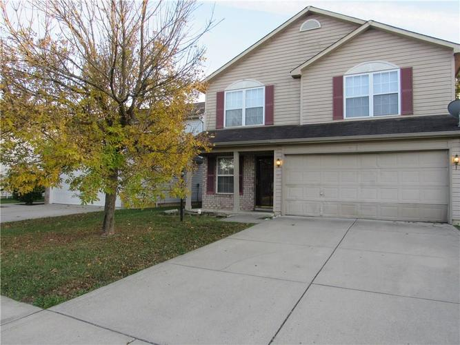 10755 STERLING APPLE Drive Indianapolis, IN 46235 | MLS 21676763 | photo 1