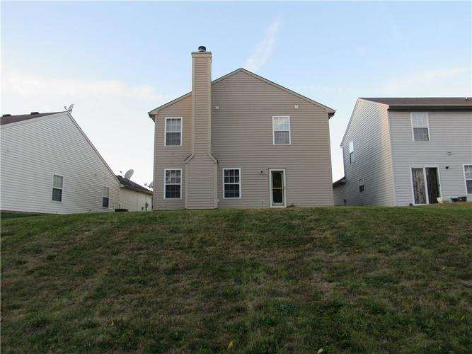 10755 STERLING APPLE Drive Indianapolis, IN 46235 | MLS 21676763 | photo 25