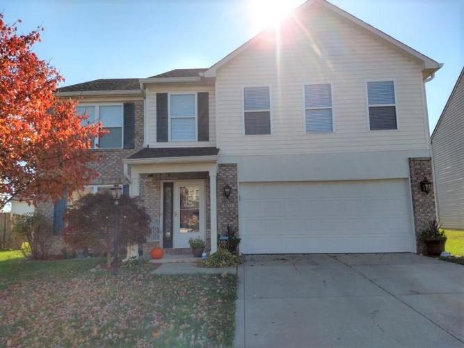 9653 GULL LAKE Drive Indianapolis, IN 46239 | MLS 21676766 | photo 1