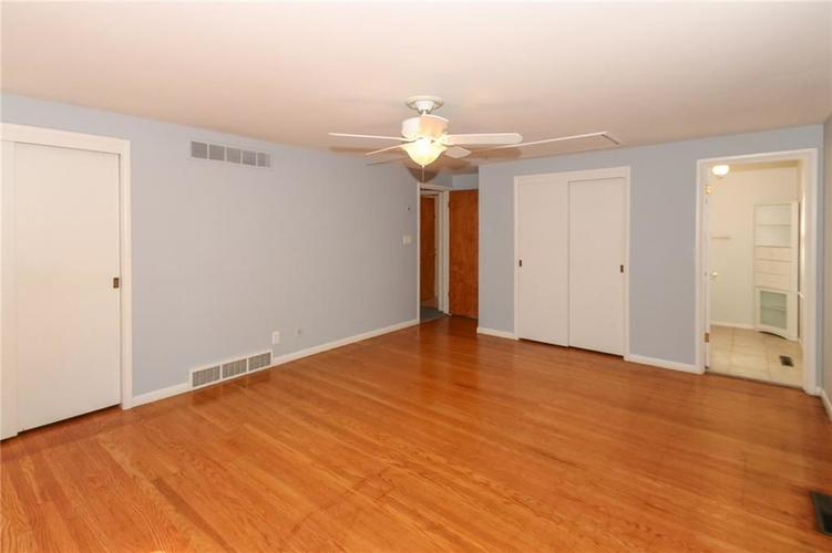 5939 Hillside Avenue East Drive Indianapolis, IN 46220 | MLS 21677829 | photo 17