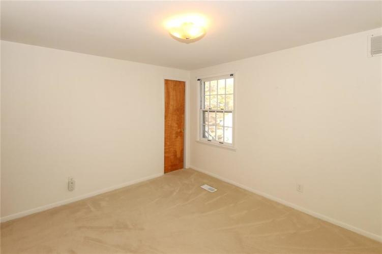 5939 Hillside Avenue East Drive Indianapolis, IN 46220 | MLS 21677829 | photo 24