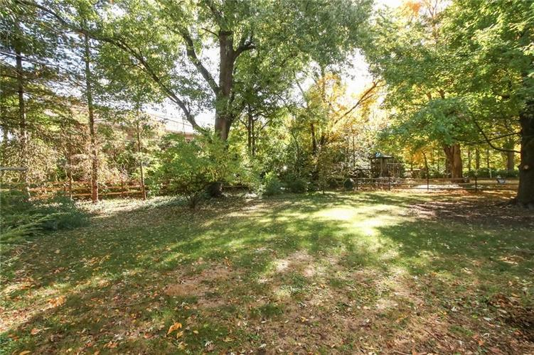 5939 Hillside Avenue East Drive Indianapolis, IN 46220 | MLS 21677829 | photo 32