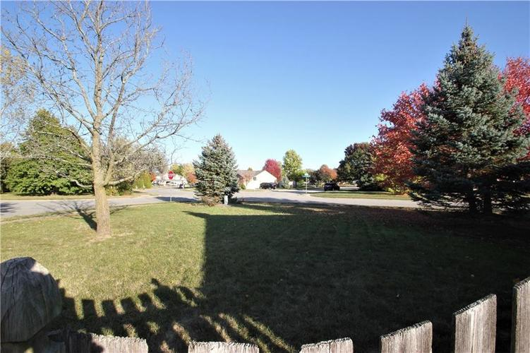 18542 Harvest Meadows Drive W Westfield, IN 46074 | MLS 21677921 | photo 26